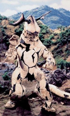 画像3: ウルトラセブン 怪獣 エレキング アロハシャツ エレキング柄 エレキング模様 生地 服 ウエアー