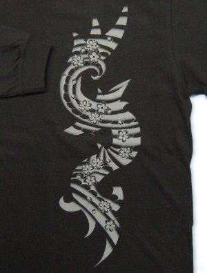 画像5: トライバル 和柄 長袖Tシャツ 刺青デザインの紅雀(名入れ刺繍可)通販 和柄服